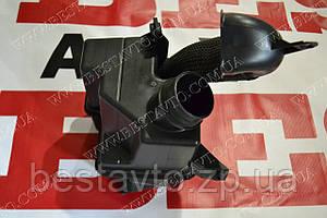 Резонатор воздуха в сборе lacetti (в крыле)