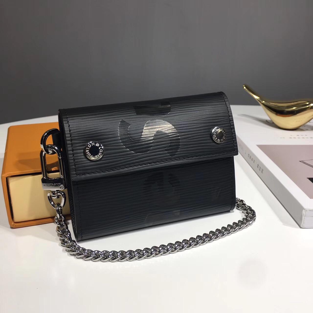 db4f88a79994 Ключница Louis Vuitton | vkstore.com.ua