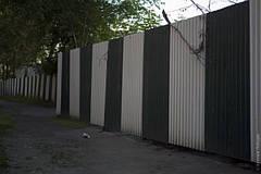 Строительный забор из профнастила