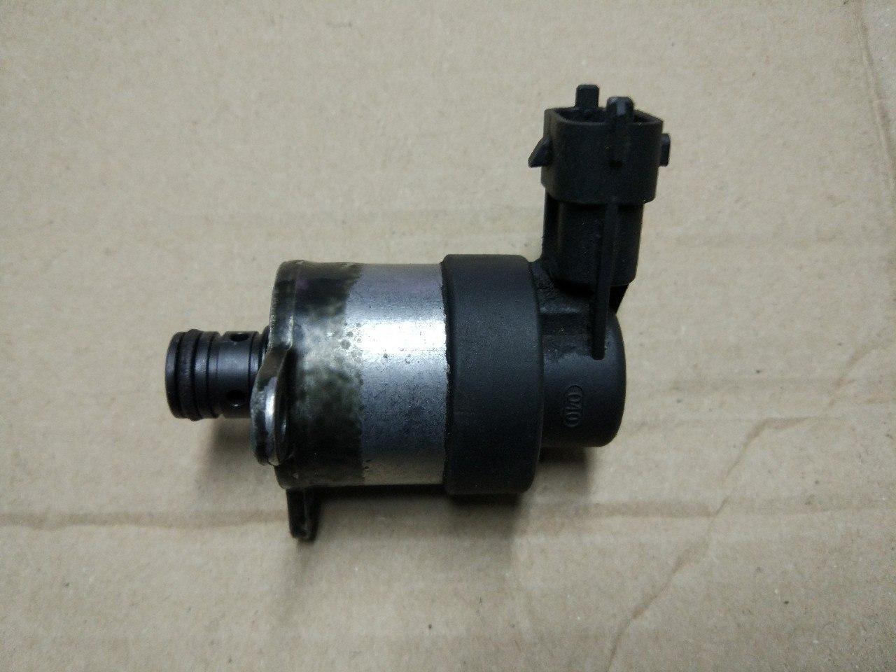 Клапан тиску палива (на ТНВД) Renault Trafic, Opel Vivaro 2.0, 2006-2013, 0928400769 (Б/У)
