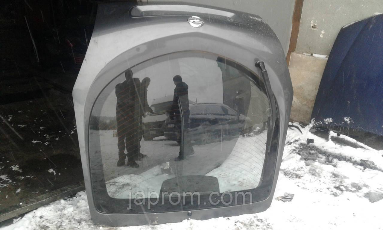 Крышка багажника со стеклом Nissan Primera P12 2002 - 2008г.в. хэтчбек асфальт