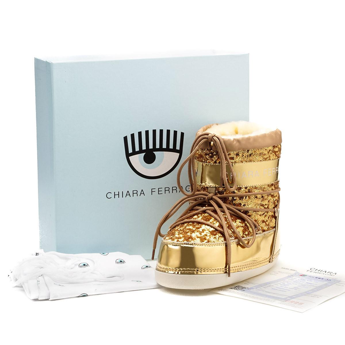 Snow Boots  Chiara Ferragni (Gold) (Size S,M,L)