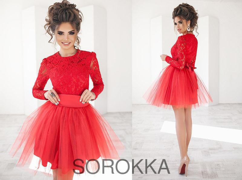 Эффектное короткое женское платье с пышной фатиновой юбкой, размер 42-46