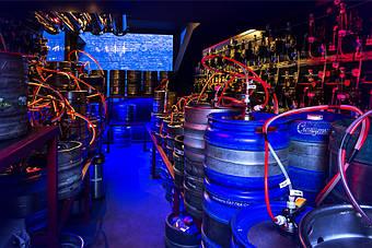 Культура монтажа от MagNum-beer - ее может наблюдать каждый посетитель через остекление на двух сторонах холодной камеры.