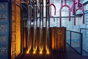 Трубы на втором этаже.