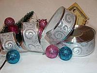 """Новогодняя Лента атласная """"Морозные узоры"""" цвет белый и серебро 3.8 см"""