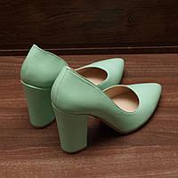 Женские туфли на каблуке Viatu (7040.3) 36, 37