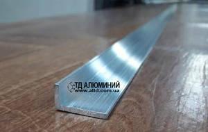Уголок алюминиевый 20х10 х2 / без покрытия