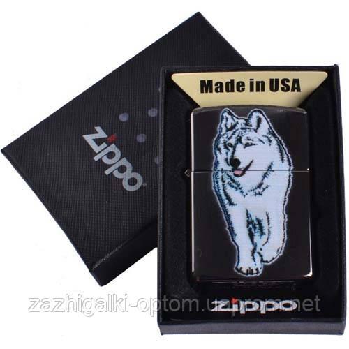 Зажигалка бензиновая Zippo в подарочной упаковке 4734 ( Волк )