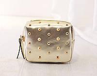 Жіноча сумочка маленька золота з заклепками опт