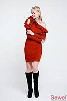 Вязаное зимнее платье с рюшей