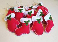 Новогодние игрушки из фетра для зимнего декора варежки и сапожки