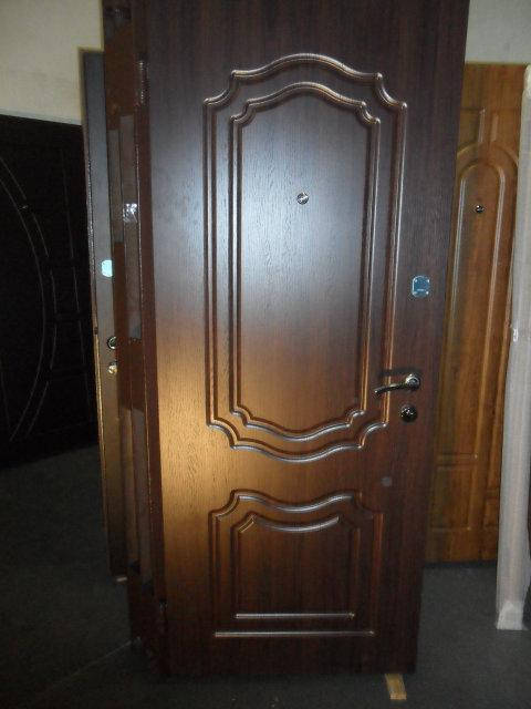 """Двери входные """"Стильные двери"""" серия Стандарт"""