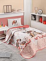 Покрывало стеганное с наволочками Eponj Home Nirvana красное 160*220