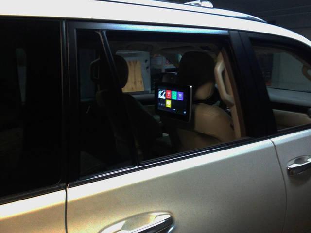 Lexus GX 460 2017г Установка монитора на спинку сидения 10