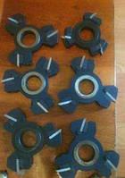 Комплект фрез с механическим креплением ножей для изготовления двух видов евровагонки