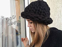 Женская вязаная шапка хит зимы