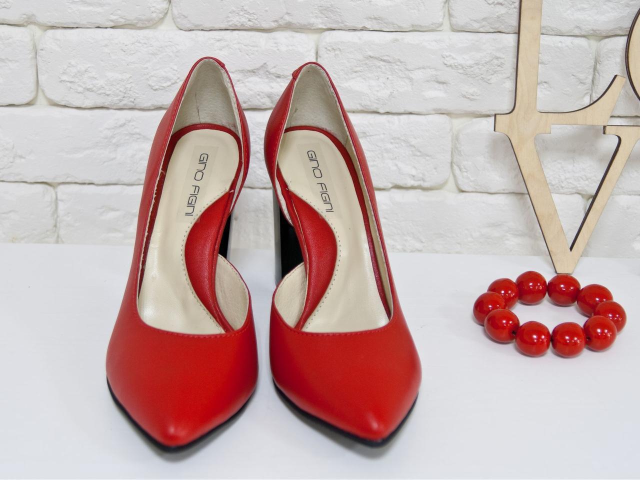Туфли женские на устойчивом каблуке красного цвета. Итальянская кожа. Туфли Т-1701