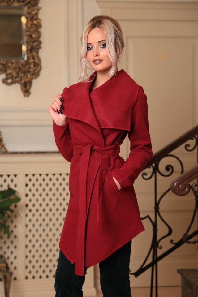 Женское демисезонное пальто в интернет-магазине