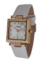 Часы женские квадратные NewDay