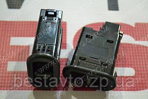 Кнопка электростеклоподйомника права на 1 кн.nexia