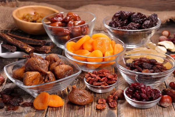 6 причин, чтобы заменить конфеты сухофруктами