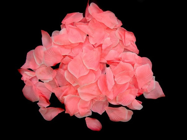 Лепестки роз (более 200 шт.)