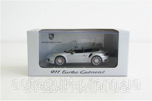 Модель автомобиля Porsche 911 Turbo (991) Cabriolet GT Silvermetallic, Scale 1:43