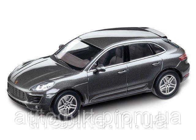 Модель автомобиля Porsche Macan S Diesel Grey Metallic, Scale 1:43