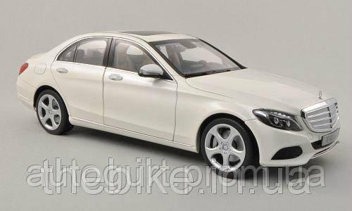 Модель автомобиля Mercedes-Benz C-Klasse EXCLUSIVE White, Scale 1:18