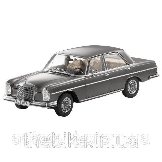 Модель автомобиля Mercedes 280 SE (W108) 1:18 серый антрацит