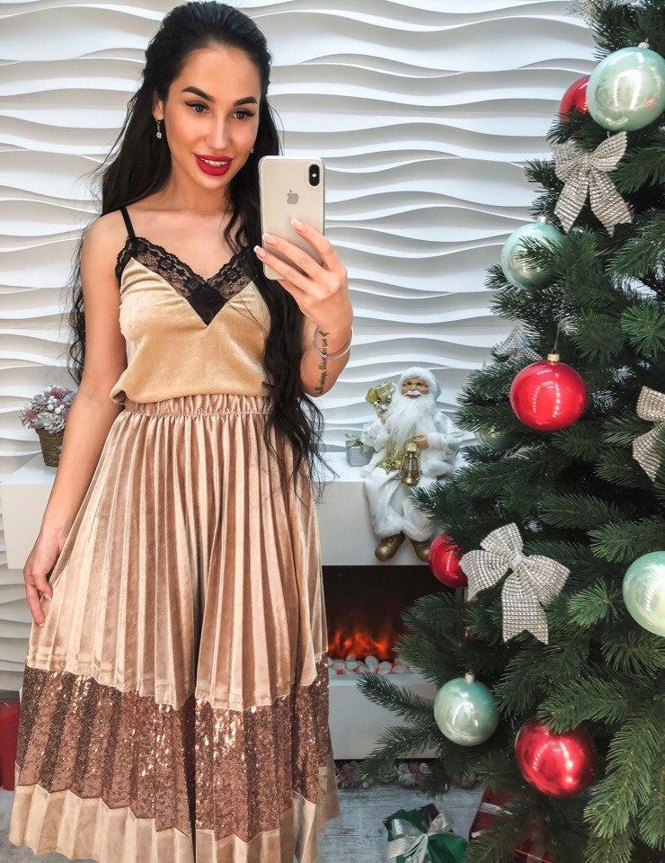 Супер юбка из велюра декорирована пайеткой