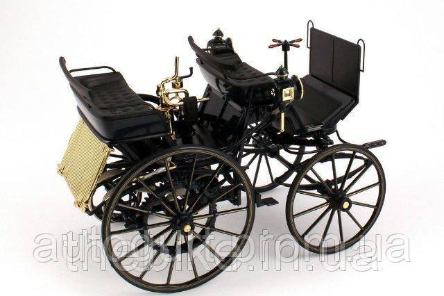 Модель автомобиля Mercedes Daimler Motor Carriage 1:18