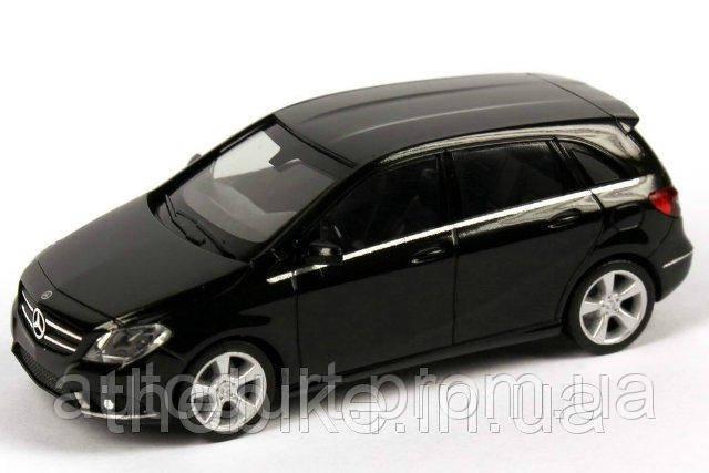 Модель автомобиля Mercedes Benz B-Class (W246) 1:87