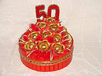 """Торт из шоколадных конфет """"Красное танго-50"""""""
