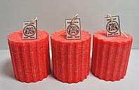 Свеча интерьерная  цилиндр рельефная красная D= 7см H= 8см (цвет на заказ)