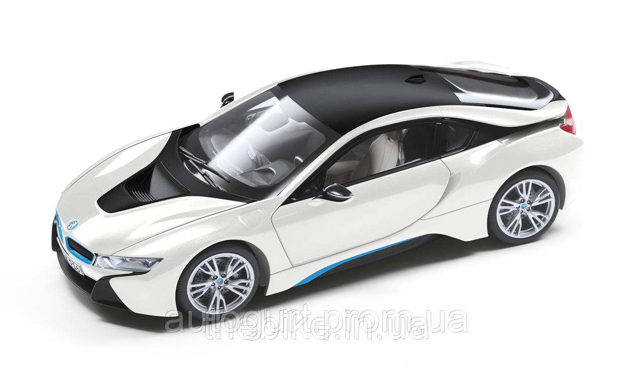 Модель автомобиля BMW I8 (I12) 1:18 - Серый софисто