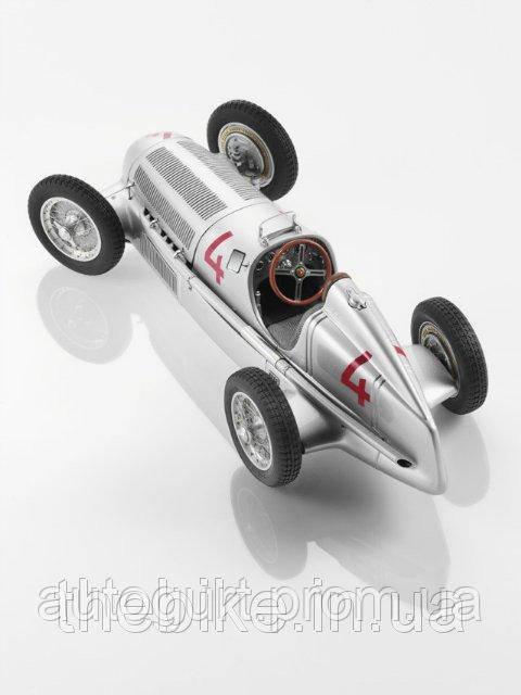 Модель автомобиля Mercedes 750KG RACE CAR 1:18