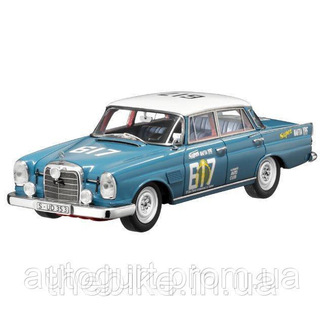 Модель автомобиля Mercedes 300 SE TAILFIN (W112) 1:43 синий