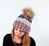 Женская шапка с натуральным енотовым помпоном