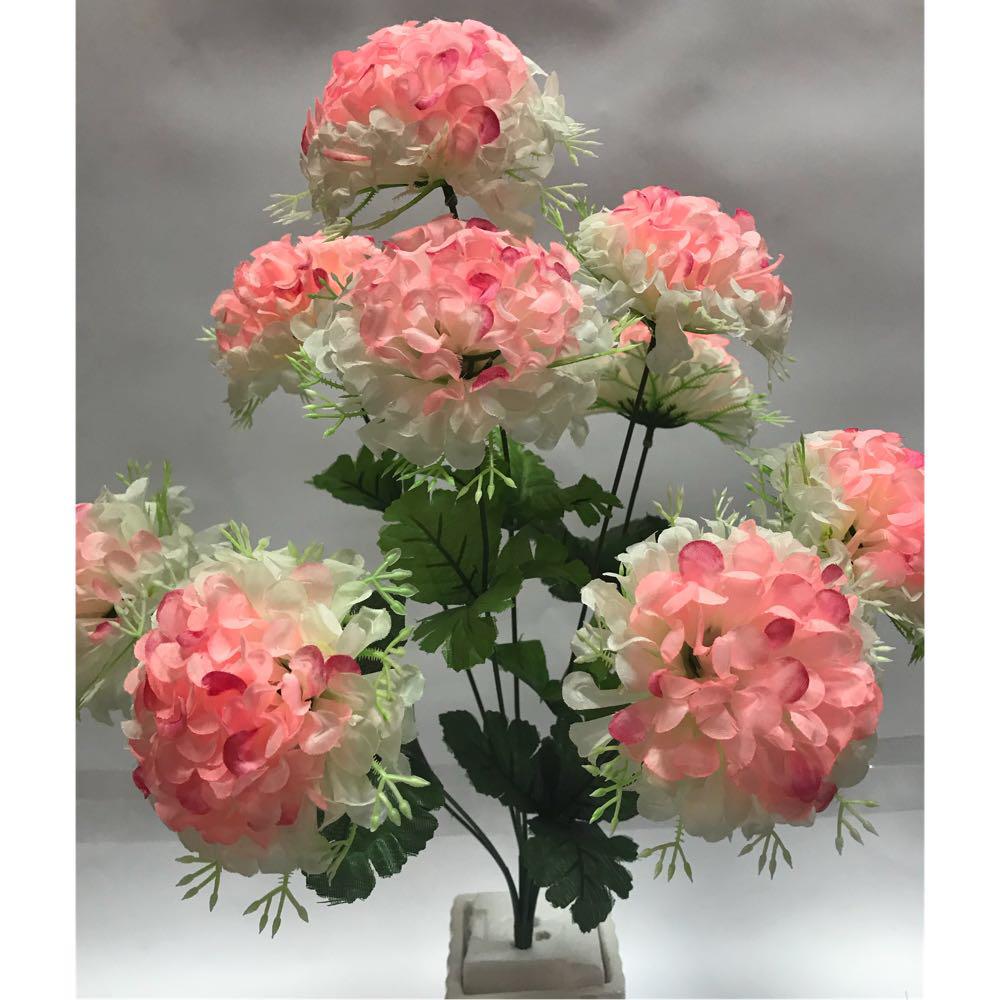 Искусственные цветы.Искусственный букет бульдонеж с подставкой.
