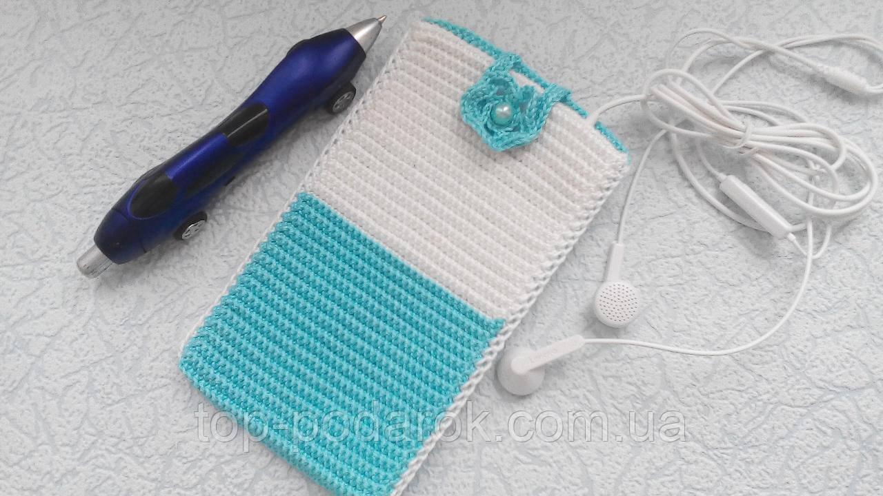 Вязанный чехол для смартфона