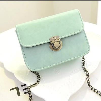 3ba5bc93407c Женская мини сумочка на цепочке голубая из экокожи, цена 234,90 грн ...