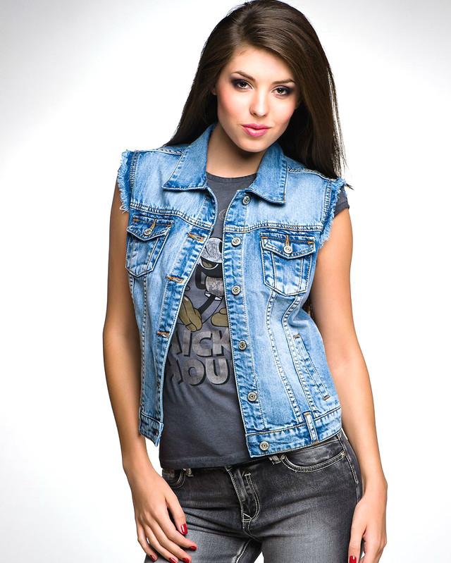 Купить женскую джинсовую жилетку в Украине