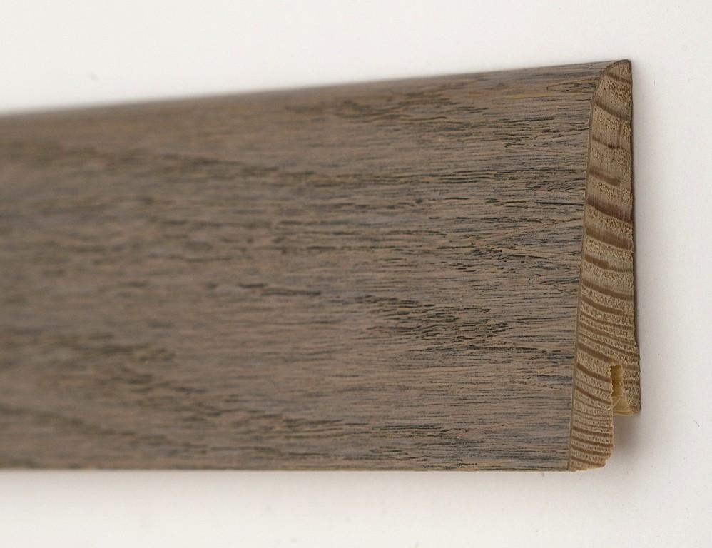 Плинтус деревянный для пола шпонированный 60х18х2400мм, Дуб полярный