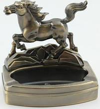Пепельница с зажигалкой Лошадь 0616