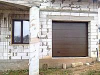 Секционные гаражные ворота Alutech Classic с торсионными пружинами, фото 1