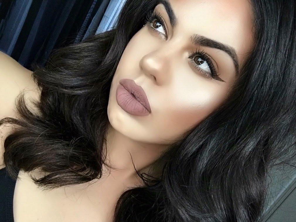 Стойкая жидкая помада Kylie Cosmetics цвет Dolce K
