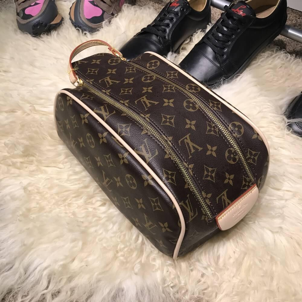 d8b34287b6be Косметичка Louis Vuitton King Size Monogram луи витон реплика ...