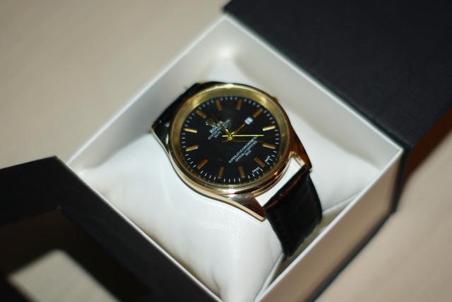 Мужские  часы Rolex золотой корпус